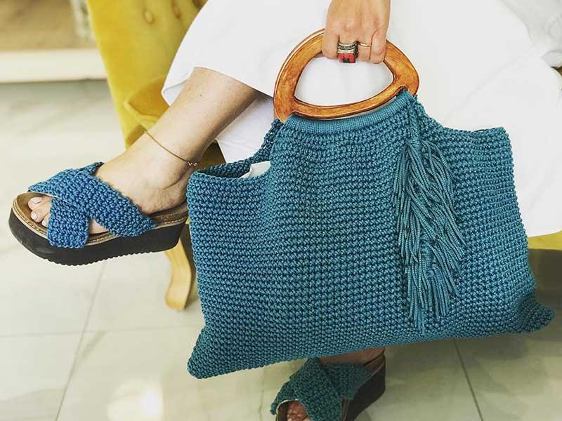 Δημιουργώντας μια πλεκτή χειροποίητη τσάντα